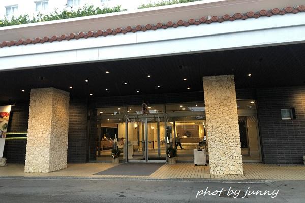 アートホテル石垣島の正面玄関
